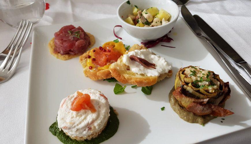 Restaurant Il Romito an impressive panorama of the Livorno coastline - Magnificent Tuscany
